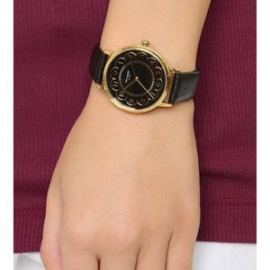 ♠️ Kate Spade Scallop Metro Watch ♠️